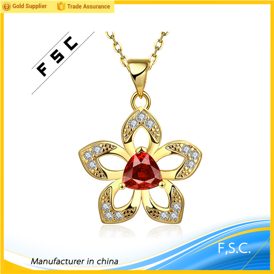 New arrival beautiful flower shape cz pendant chain hot sale yellow gold plated copper necklace