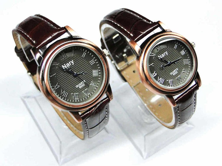 Wholesale Vogue Man Red Copper Vintage Leather Watch Band Women wh1065
