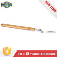 Good Price Stainless Steel Bbq Sets Meat Roasting Wooden Fork
