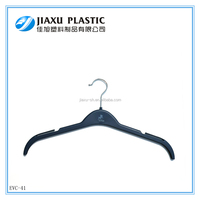 Cheap designer clothes hanger,factory directly high quality plastic laundry hangers