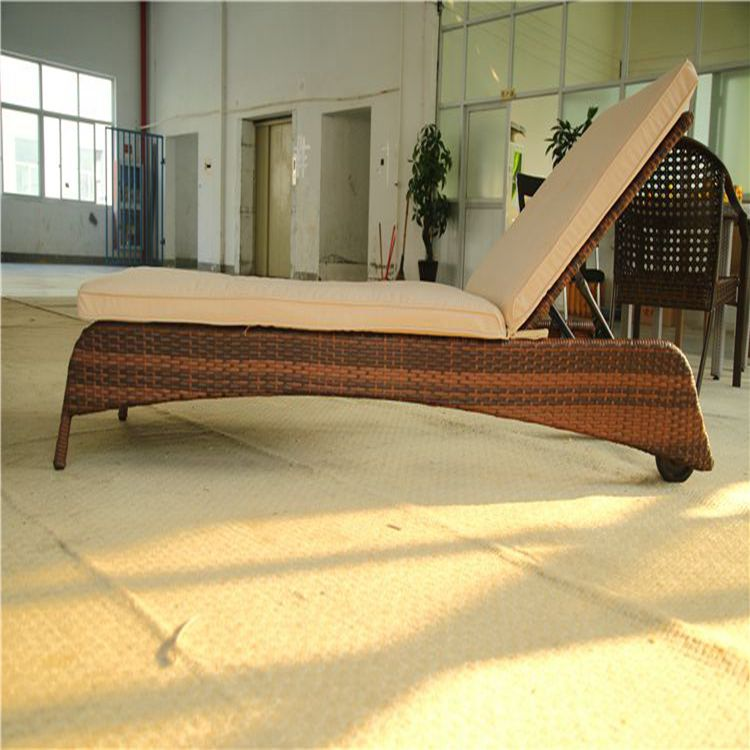 outdoor rattan lounge,outdoor rattan recliner chair,rattan beach dinning set