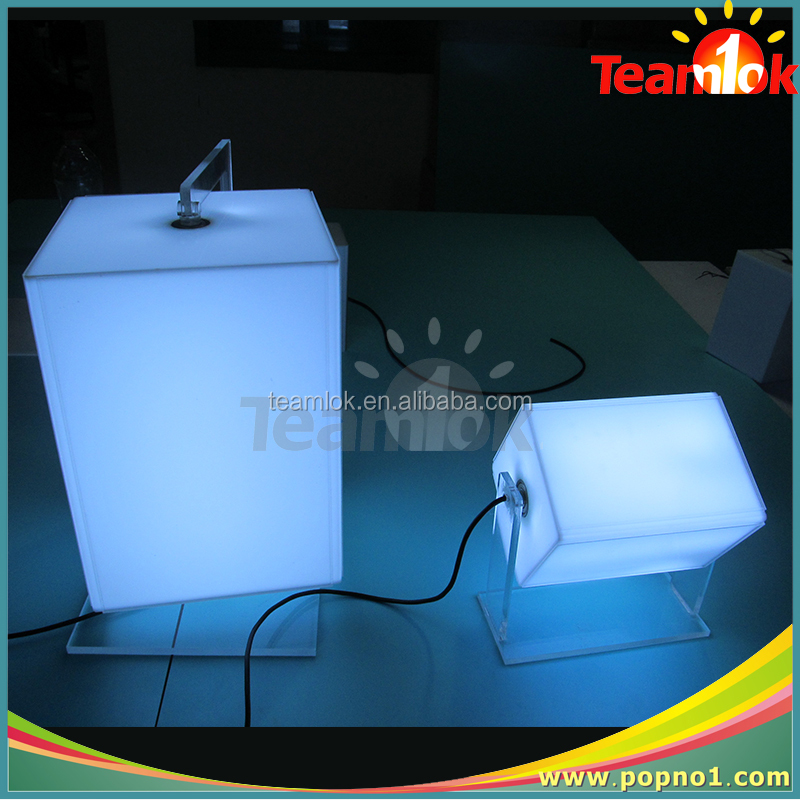 Shenzhen Factory Sale Acrylic Display Box With LED Light For Advertising