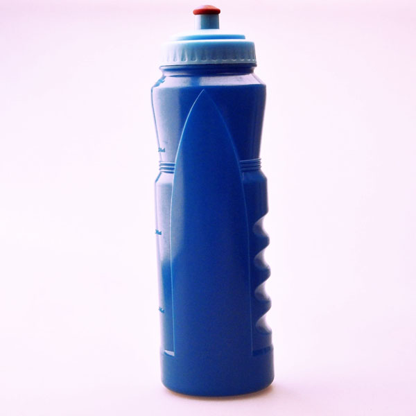 Juice bottle manufacturer/raw materials of plastic bottle/sport football drinking bottle