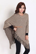 2016 wholesale Europe/USA stylish fall / winter ladies/women knit poncho with fringe scarf