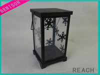 2016 new metal and beautiful,christmas and quailty, cheap and metal lantern with Pine needle pine cones