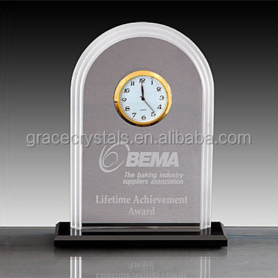 Dome top small crystal plaque with clock