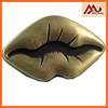 Custom Design Shiny Lip Shape Metal