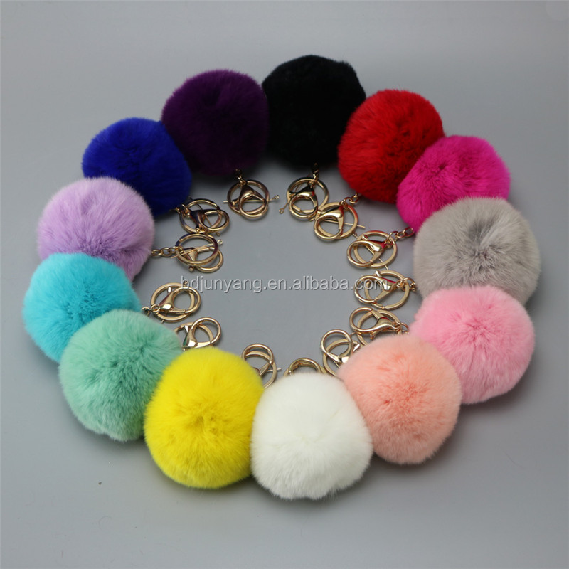 Soft raccoon fur pom decoration fuzzy ball keychain asia fur pom pom