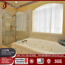 Frameless glass shower screen enclosure