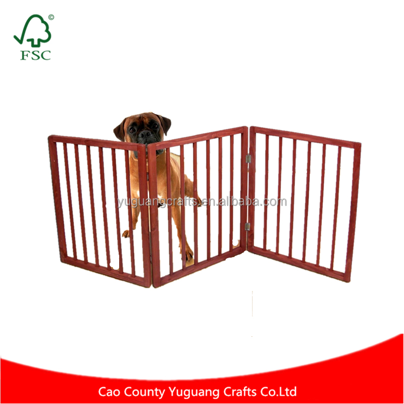 Custom High Quality Freestanding Folding Natural Wood Pet Animal Safety Gate