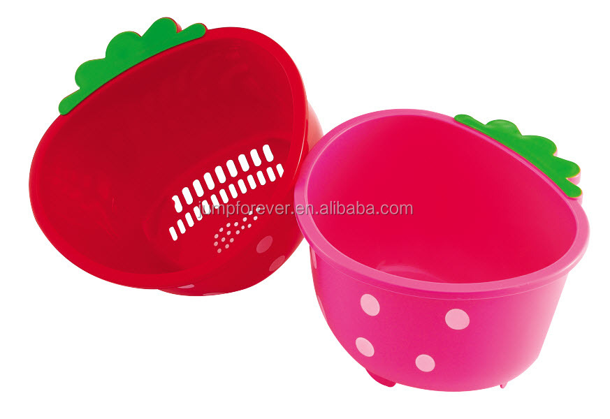 Very beaurtiful small high quality strawberry plastic basket plastic shopping basket
