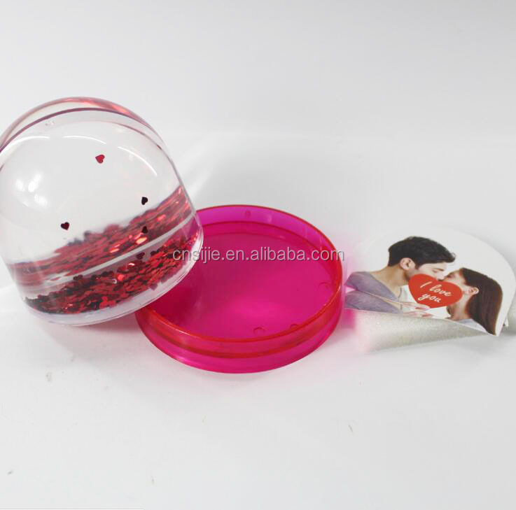 Plastic Photo Insert Water Globe , Snow Globe Ball With Plastic Base