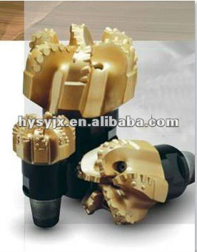 API diamond drill bit for oil drilling