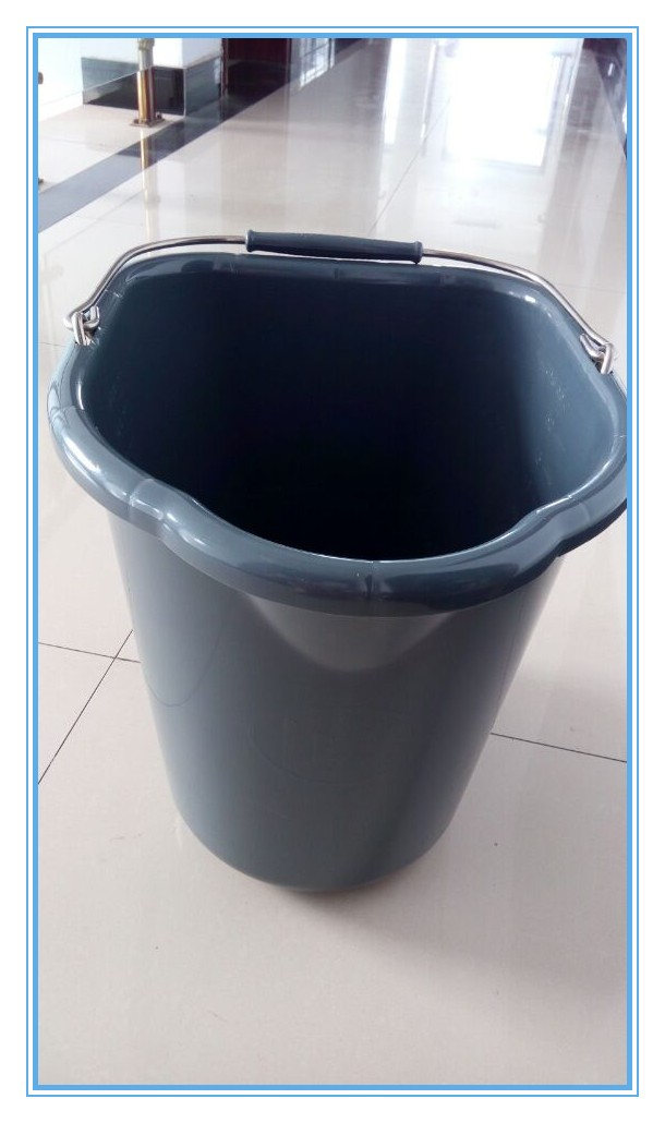 Hot Sale Food Grade PP Material 20L Plastic Milk Pail With Graduations