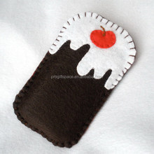 Eco friendly handmade Christmas Pudding Felt Phone Case made in China