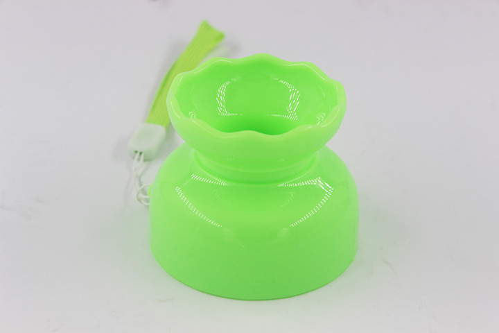 2018 hot plastic portable water bottle for kids