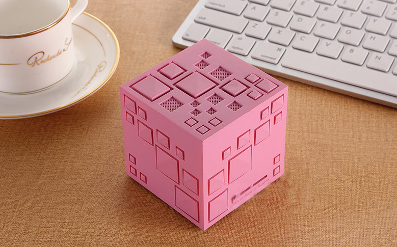 Wireless Naiad Mini Bass Magic Cube Bluetooth Speaker