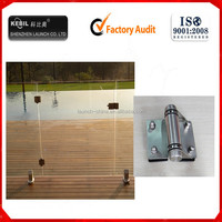 Adjustable heavy duty soft closing door hinge
