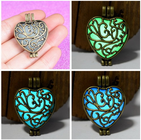jewelry decoration glowing wholesale glowing heart necklace