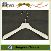 Quality Supplier Clothes Hanger White Plastic Fashion Coat Hanger