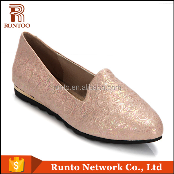 Alibaba fashionable latest footwear beautiful rose pattern ladies shoes summer flat leather shoes