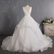 2018 Organza Ruffled Bottom Wedding Gowns Sexy V Neck Backless Wedding Gowns