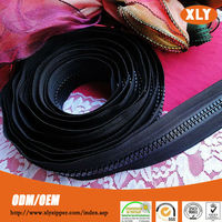 High quality giant zipper long chain plastic zipper for bag and garment accessory