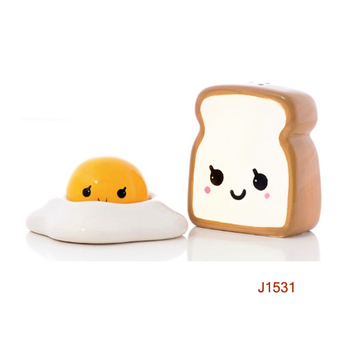Ceramic Egg Toast Shaped Spice Jar Salt and Pepper Shaker Set