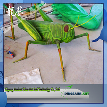 Exhibition high quality giant insect model large locusts fiberglass statues