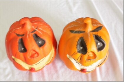 Wholesale fake pumpkins for Halloween to home decorate