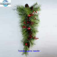 Teardrop pine needle artificial Christmas swag
