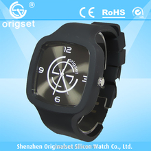 Latest Silcione Watch 5ATM Waterproof Japan Movement Customs logo best selling mens watches