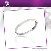 Classic Zircon Paved with Rhodium Plated Modern Bangle Bracelet Jewelry