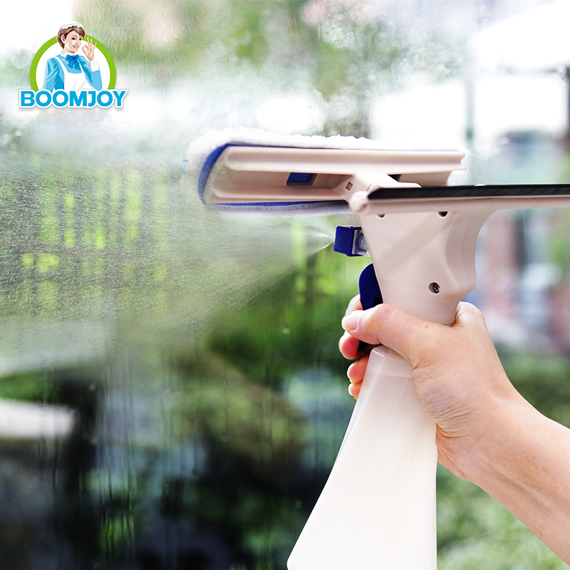 Handheld spray window cleaner, steam window squeegee.