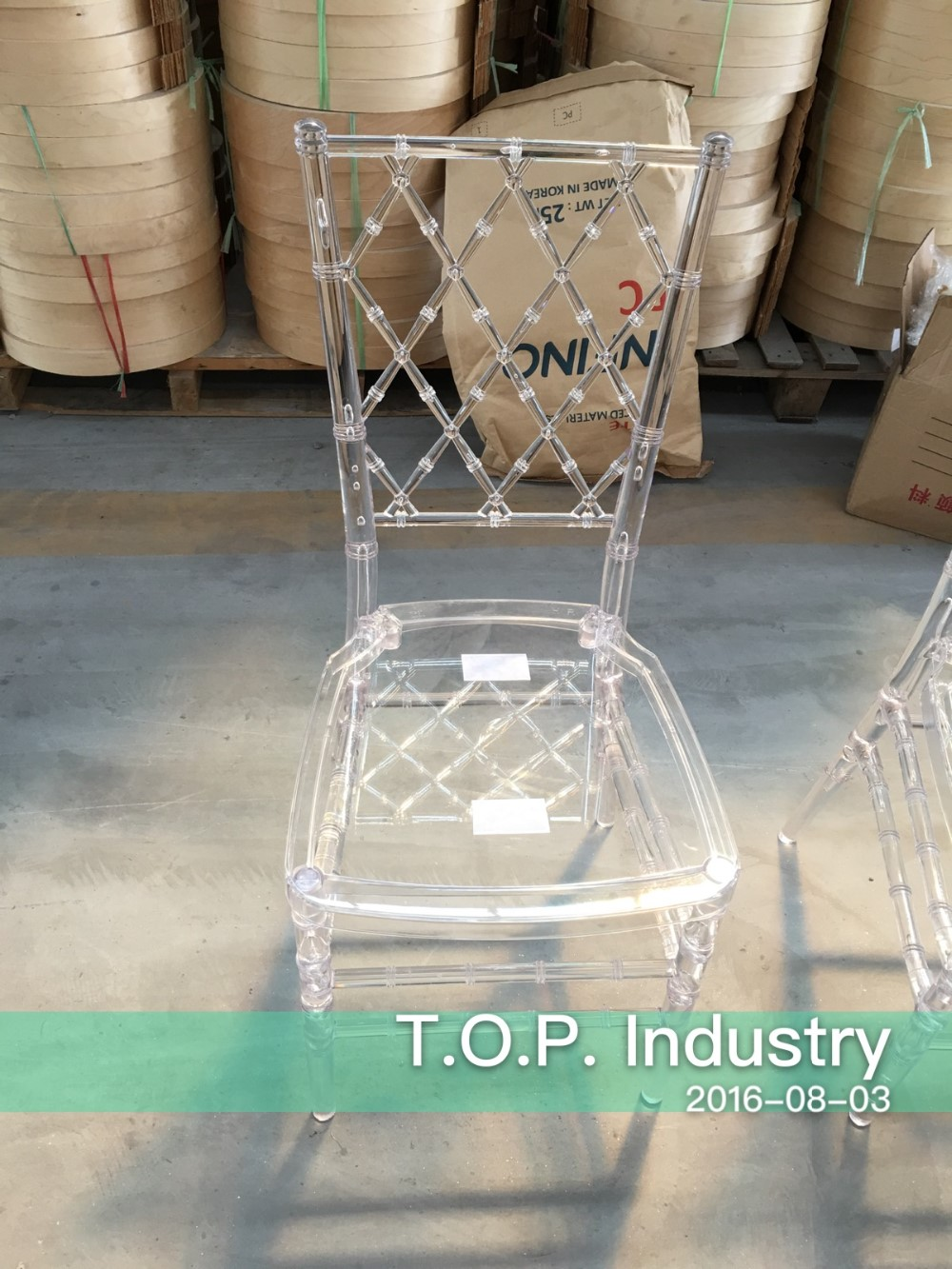 Transparent / Clear Diamond Chiavari Chair