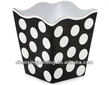 DOMINO DOTS Sweet Treat Boxes