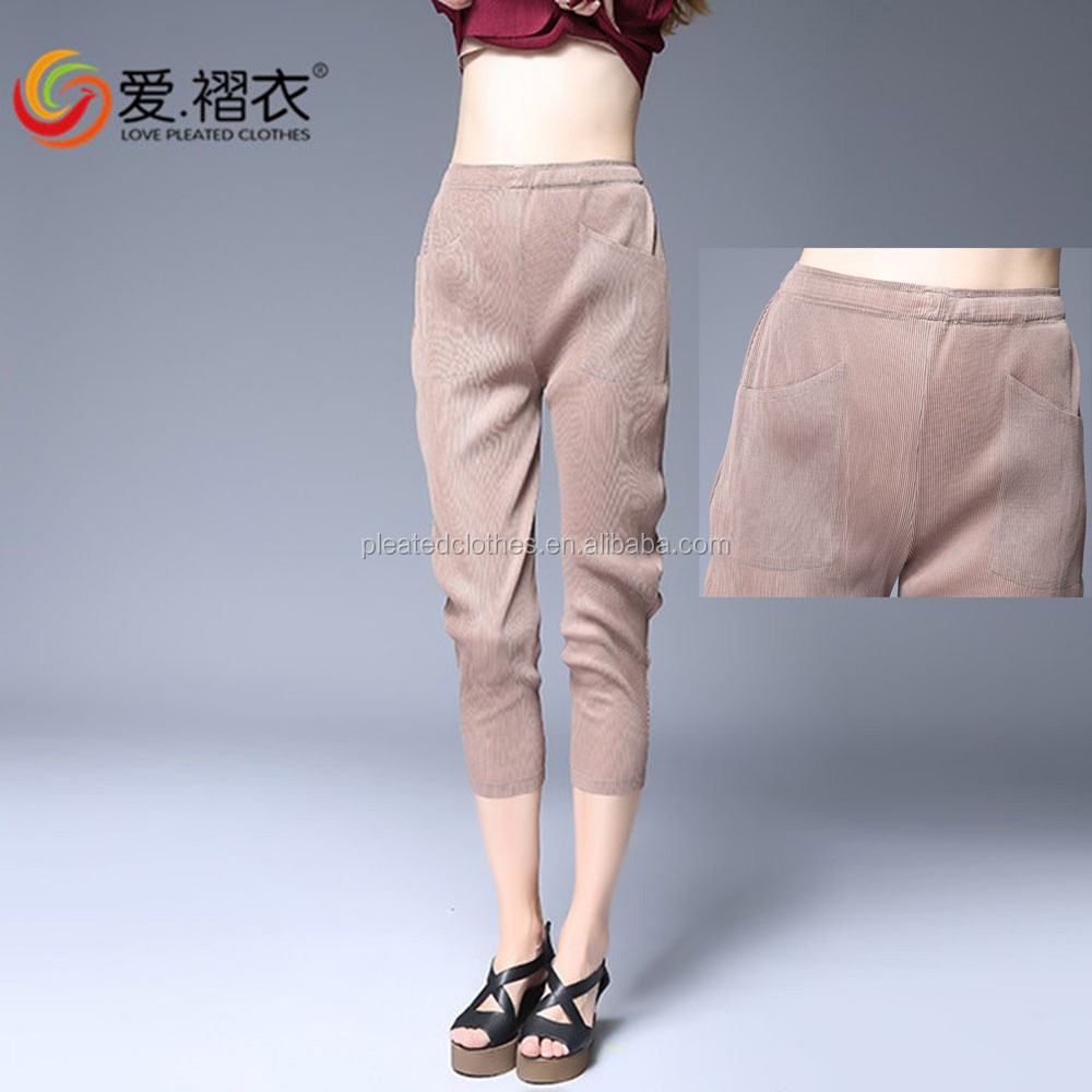 2016 New arrival factory supply khaki and black female crop jeans thick girls tight jeans pants