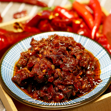 Best selling Vegetarian instant Chinese flavor spicy chili sauce
