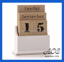 Wooden Calendar for Home Decoration