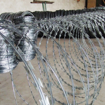 china galvanized and hot dipped galvanized razor wire diamond mesh fence factory