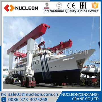 Nucleon mobile boat hoist 300 ton mobile crane
