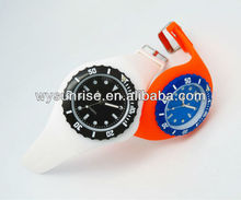 2013 hot selling wholesale vogue ladies watch made in china