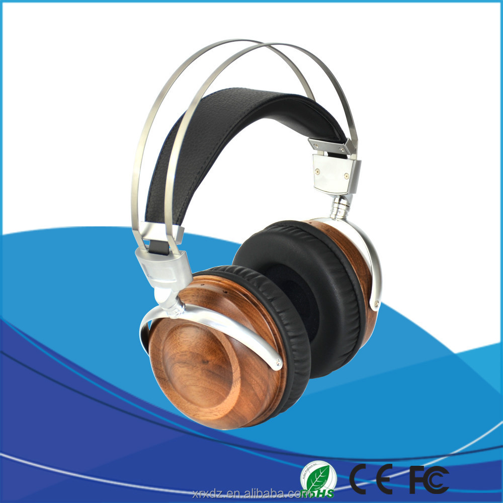 2015 Wooden Design And Branded Bluetooth Headset Earphone