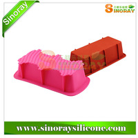 Silicone loaf cake pan