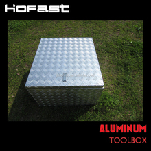 Aluminum tool box for truck bed
