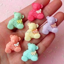 Most popular attractive style bear resin craft for promotion
