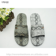 2017 pvc slippers for men with fashion snake skin design