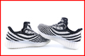 factory wholesale high quality man yeezy 350 shoes black white