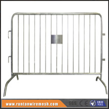 Road safety galvanized mobile steel barrier