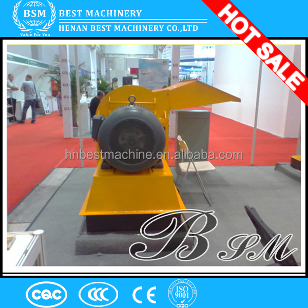 Low investment turing waste into chips wood hammer crusher